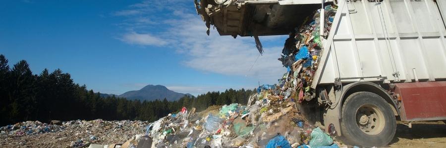Blog Garbage Truck Image 900